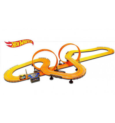 HOT WHEELS AUTOBAAN MET 2 LOOPINGS EN TURBO BOOSTER, BAAN 9.15 METER